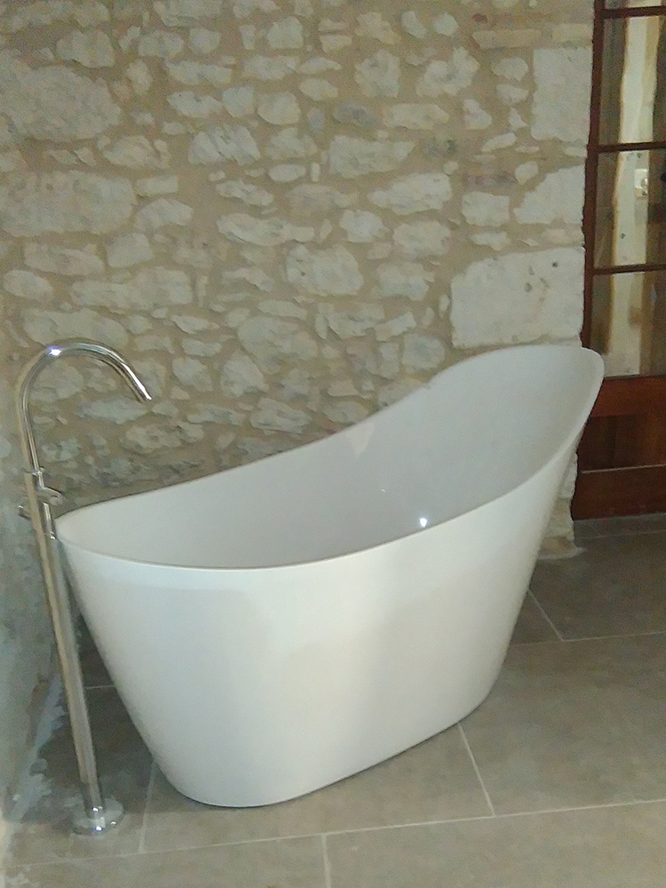 Clark Malone bath